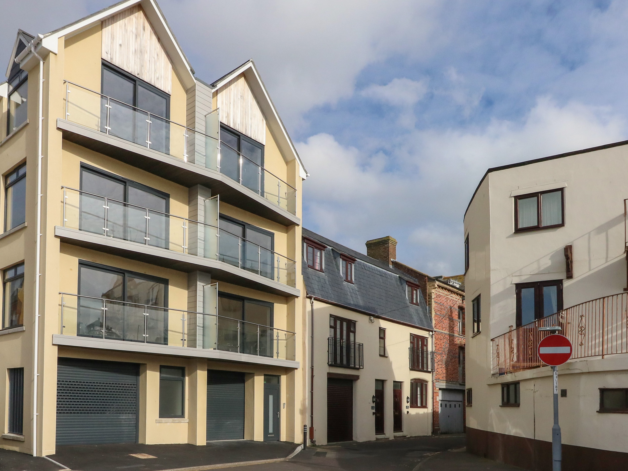 Harbourside Haven Penthouse 2