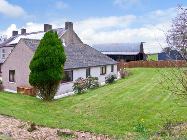 Treffgarne Farm Cottage