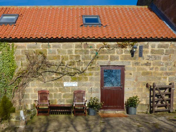 1 bedroom Cottage for rent in Danby
