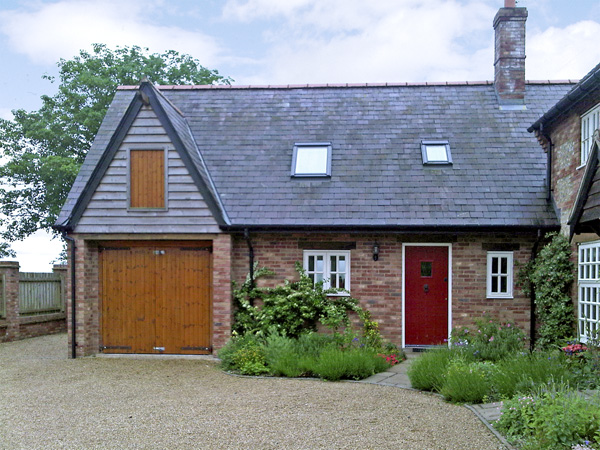 3 bedroom Cottage for rent in Dorchester