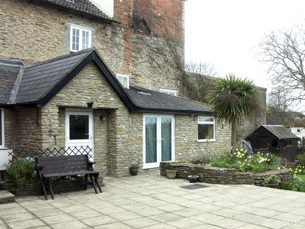 1 bedroom Cottage for rent in Templecombe