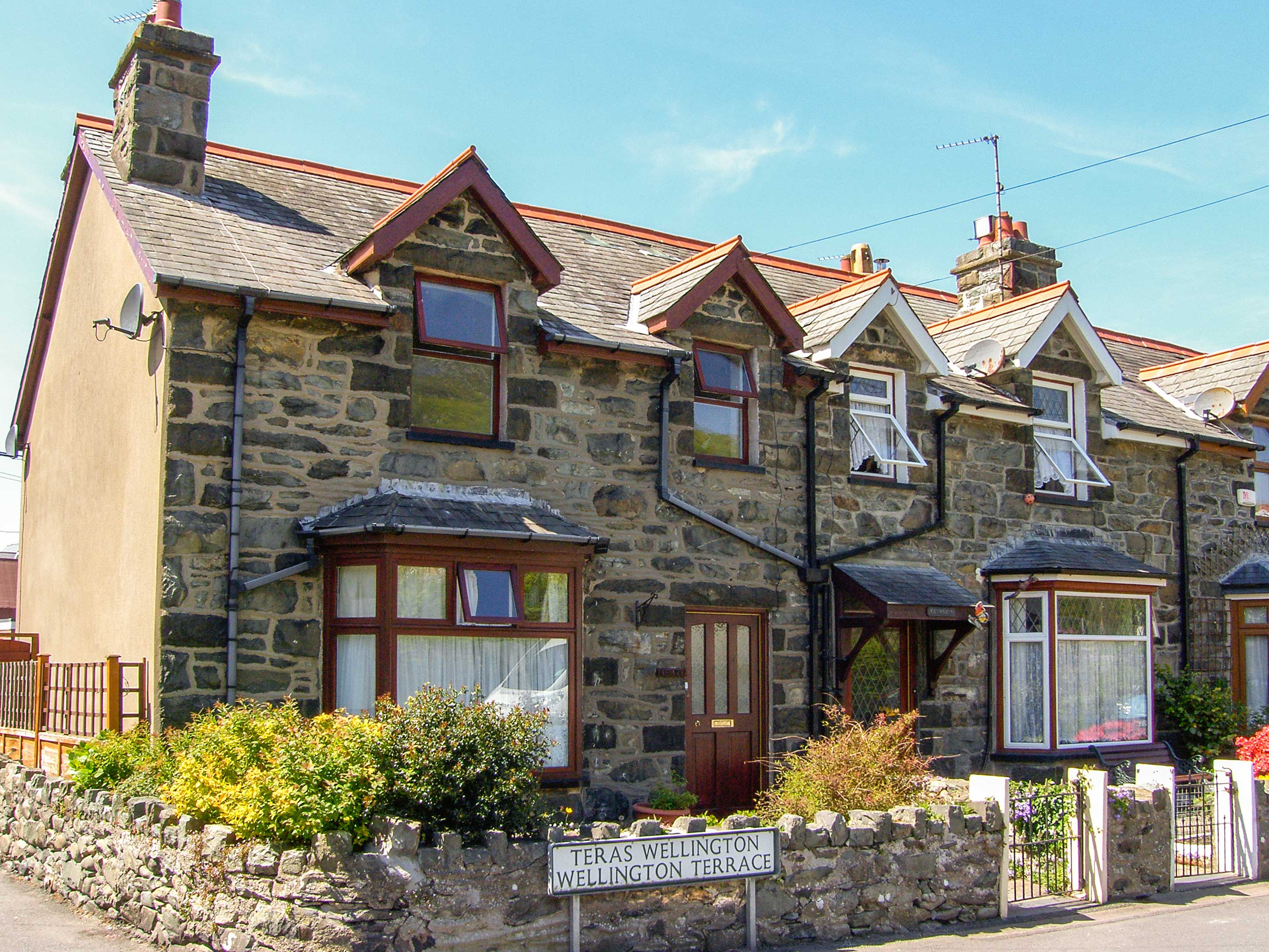 3 bedroom Cottage for rent in Barmouth