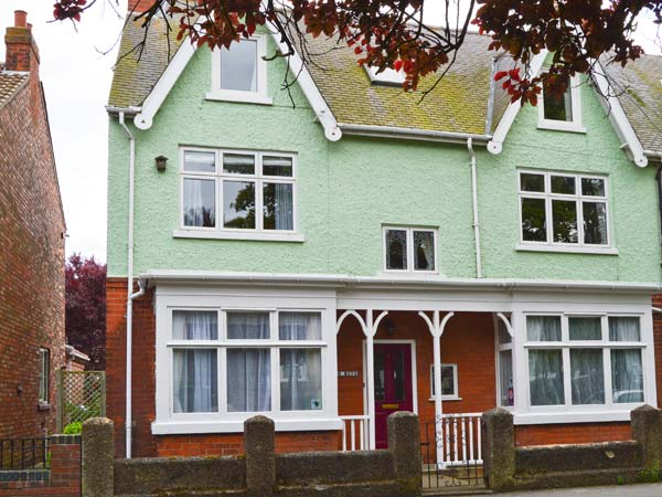 5 bedroom Cottage for rent in Hornsea