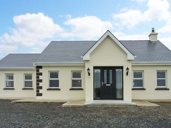 4 bedroom Cottage for rent in Doonbeg