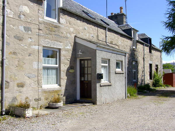 2 bedroom Cottage for rent in Dulnain Bridge