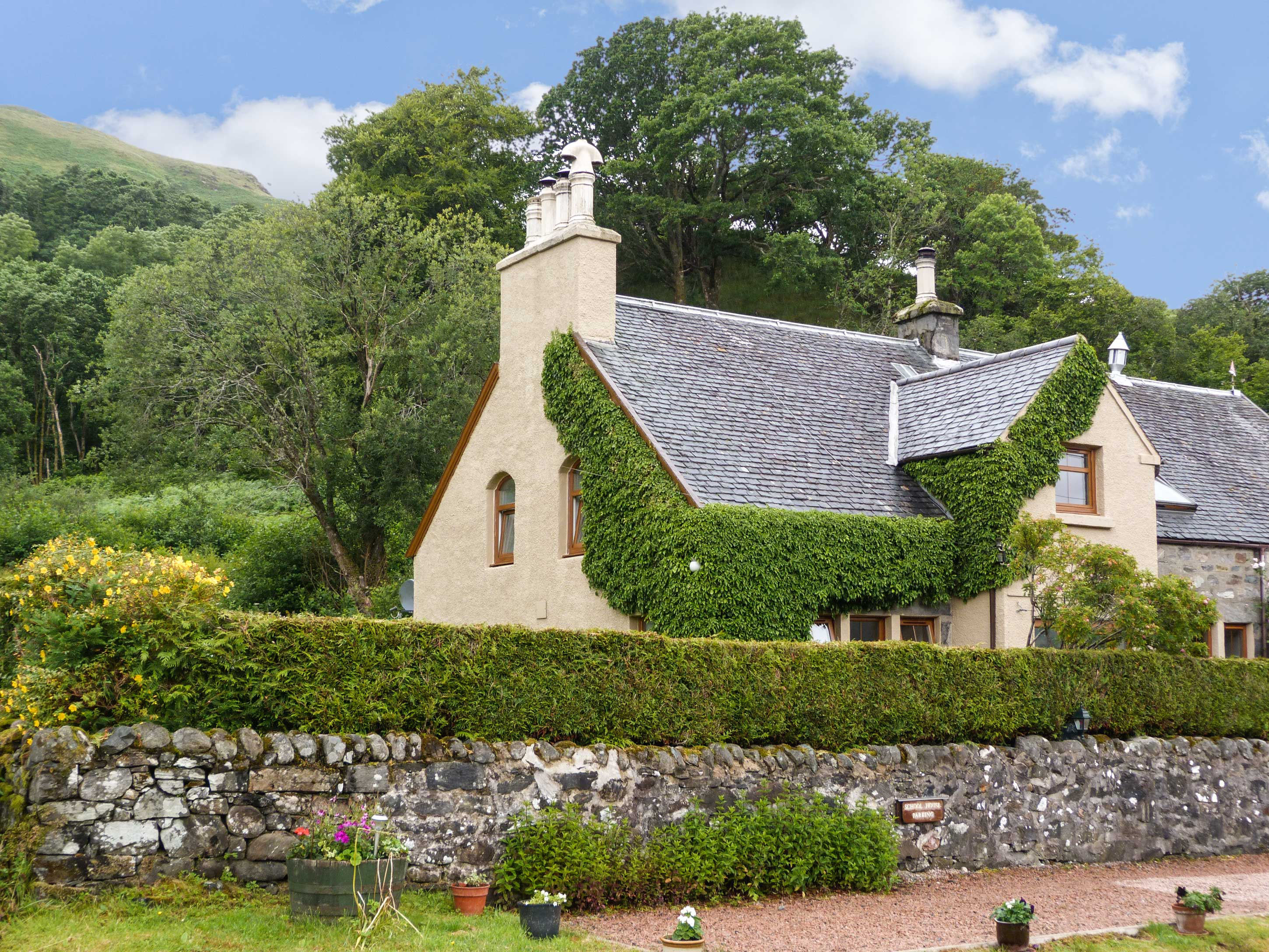 3 bedroom Cottage for rent in Letterfearn