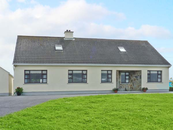 3 bedroom Cottage for rent in Carna