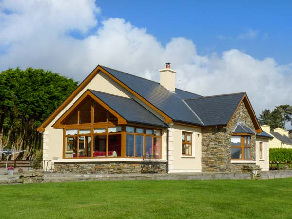 3 bedroom Cottage for rent in Kilcrohane