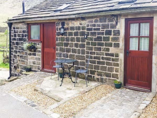 2 bedroom Cottage for rent in Oldham