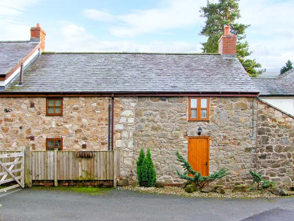 2 Nant Lane Cottages