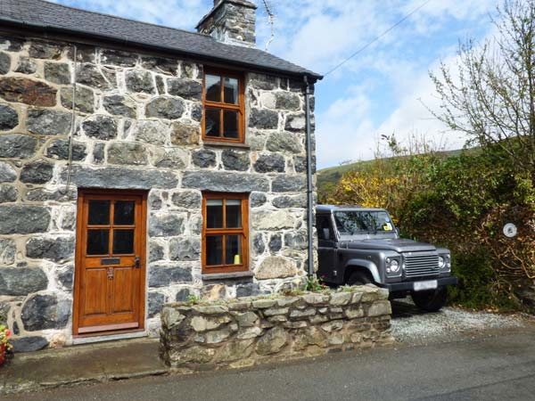 2 bedroom Cottage for rent in Tywyn