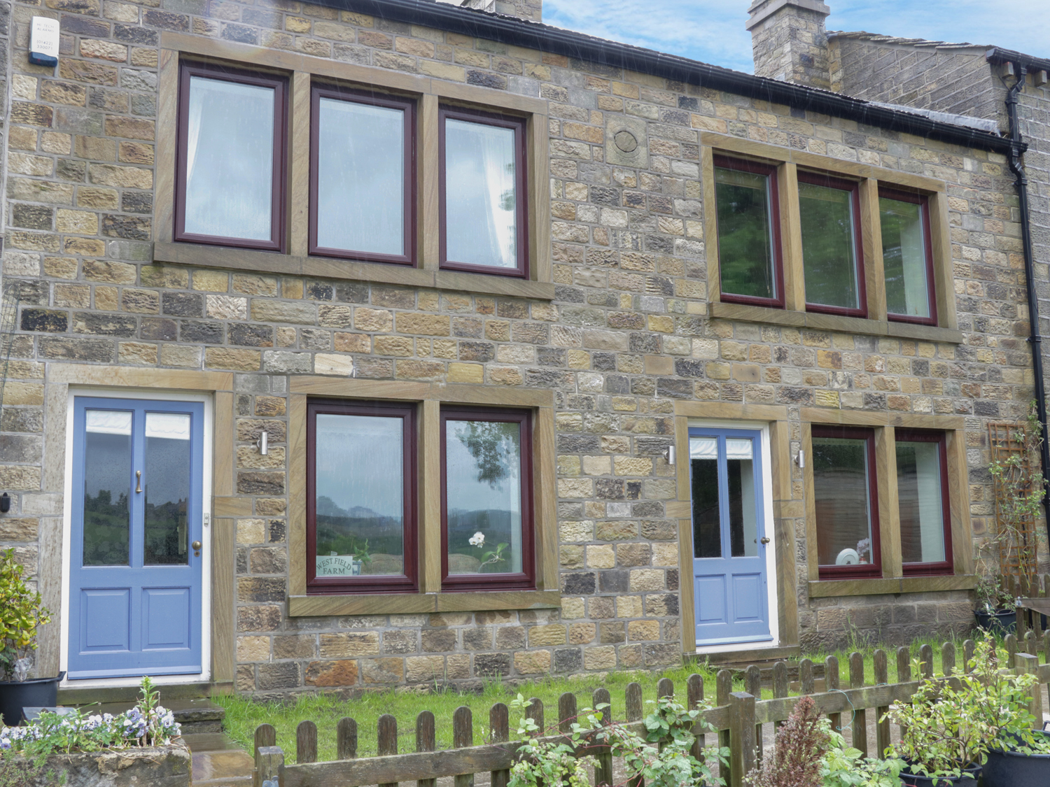 4 bedroom Cottage for rent in Haworth