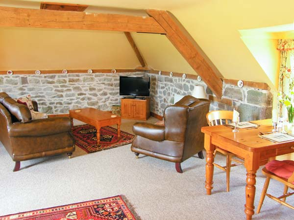 Robin 39 S Nest Dog Friendly Cottage In Strefford Heart