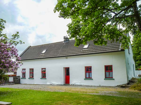 4 bedroom Cottage for rent in Flagmount