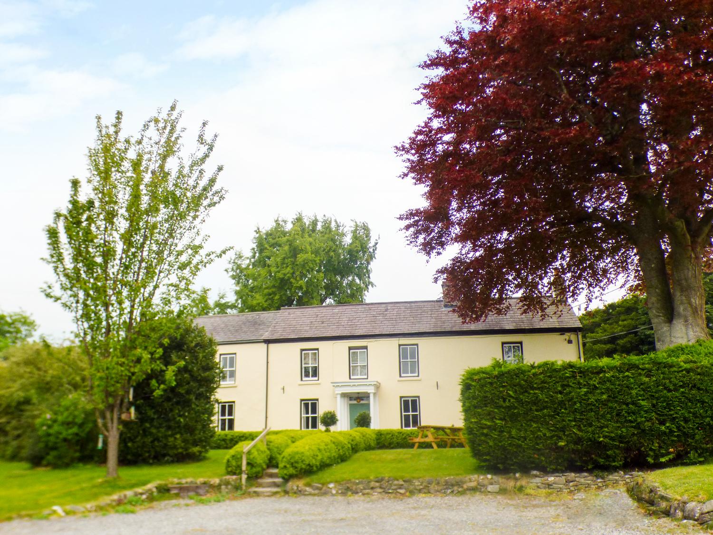 2 bedroom Cottage for rent in Beaumaris