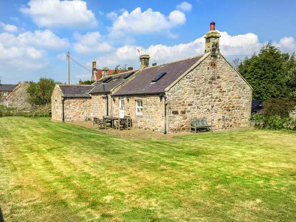 3 bedroom Cottage for rent in Seahouses