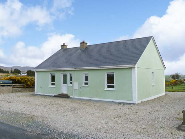 3 bedroom Cottage for rent in Falcarragh