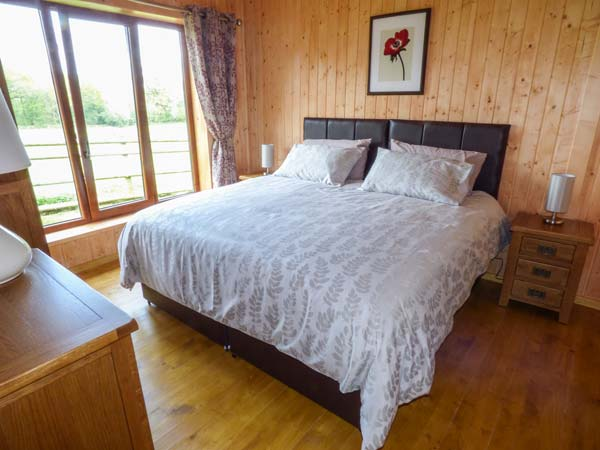 Barn Shelley Lodge
