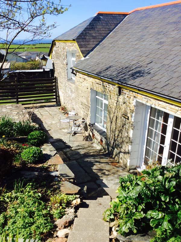 Tintagel Dog Friendly Cottage
