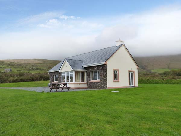 3 bedroom Cottage for rent in Portmagee