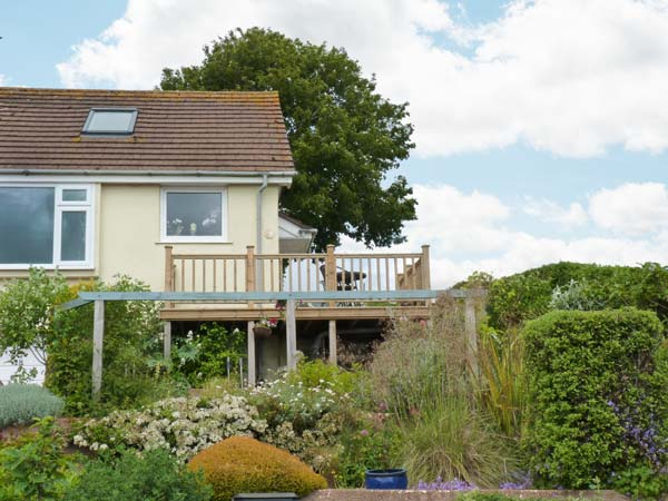 3 bedroom Cottage for rent in Paignton