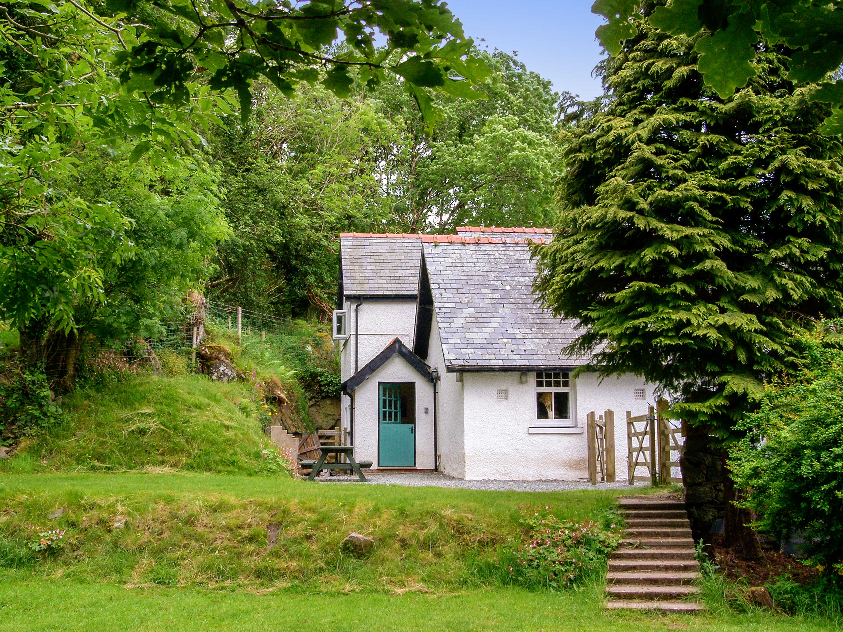 holiday cottage clynnog in harlech north cottages self accommodation west accomodation catering wales