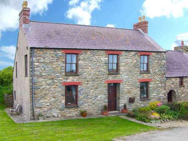 5 bedroom Cottage for rent in St David's