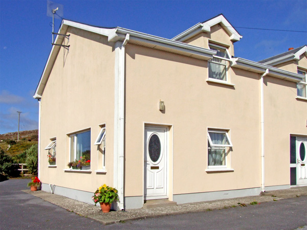 2 bedroom Cottage for rent in Lettermore