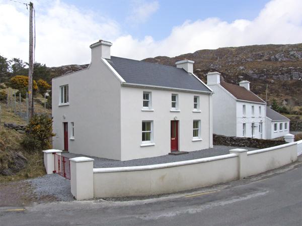 3 bedroom Cottage for rent in Caherdaniel