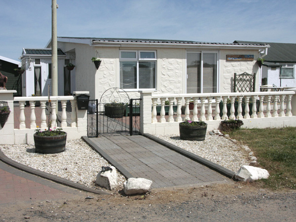 4 bedroom Cottage for rent in Southerness