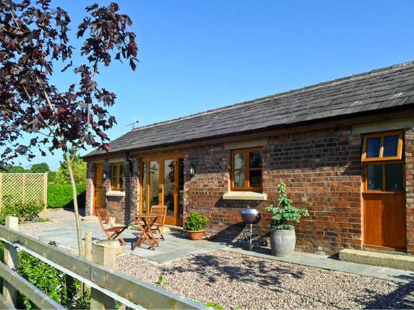 1 bedroom Cottage for rent in Bispham Green