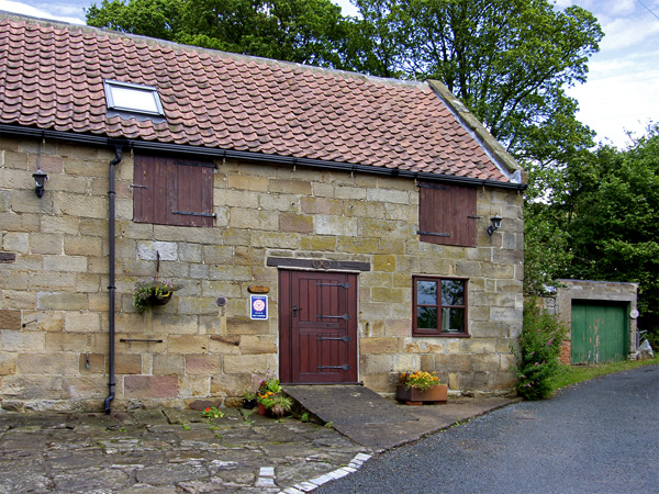 2 bedroom Cottage for rent in Danby