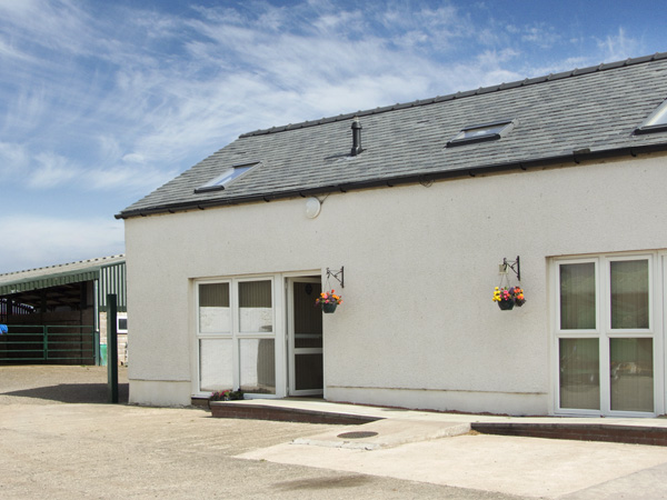 2 bedroom Cottage for rent in Brydekirk