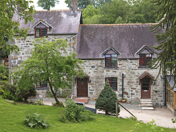 Rhiwlas Cottage
