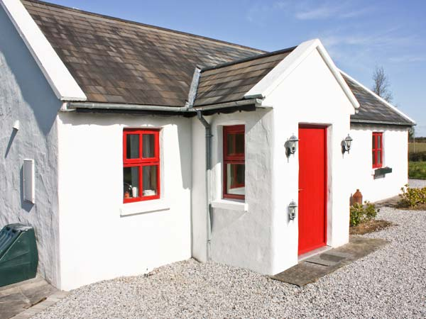 3 bedroom Cottage for rent in Terryglass