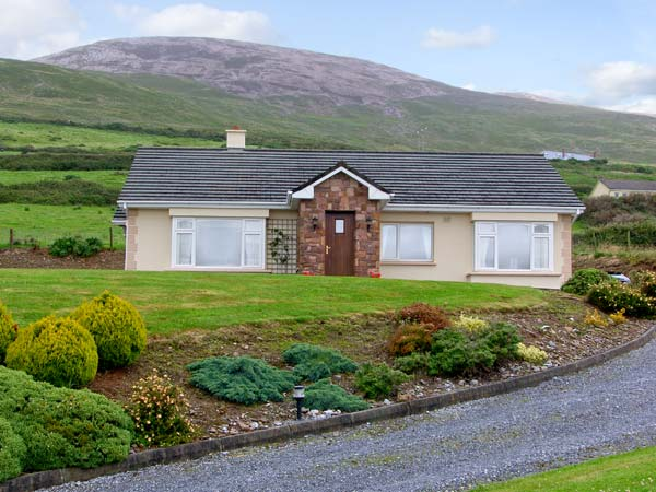 3 bedroom Cottage for rent in Inch