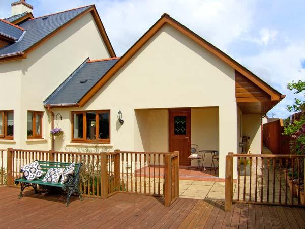 1 bedroom Cottage for rent in Pembroke