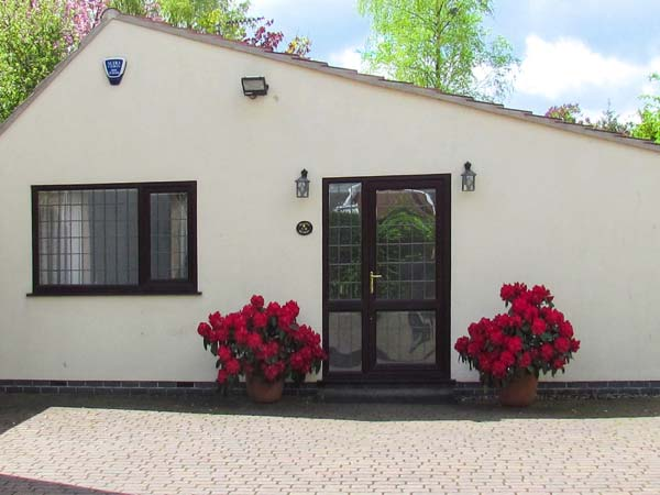 1 bedroom Cottage for rent in Chesterfield