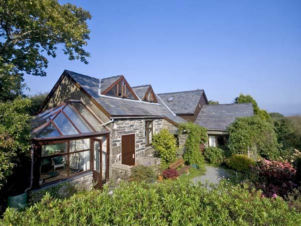 4 bedroom Cottage for rent in Maentwrog