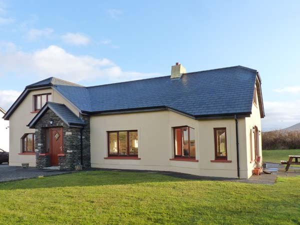 4 bedroom Cottage for rent in Ballyferriter