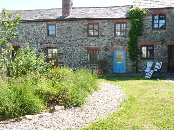 2 bedroom Cottage for rent in Gorran Haven