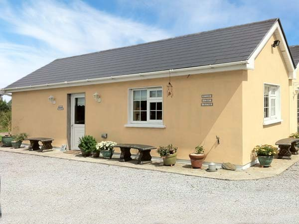 1 bed Cottage in LISTOWEL