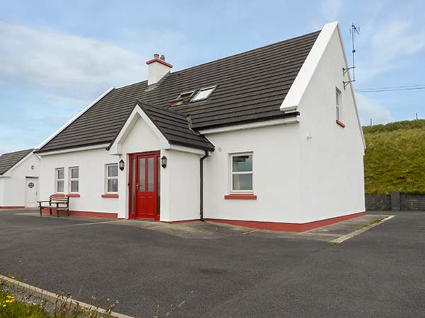 5 bedroom Cottage for rent in Louisburgh