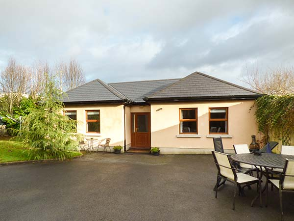 2 bedroom Cottage for rent in Dundrum