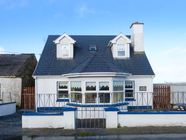 holiday let Quilty, County Clare Cozy Cottage