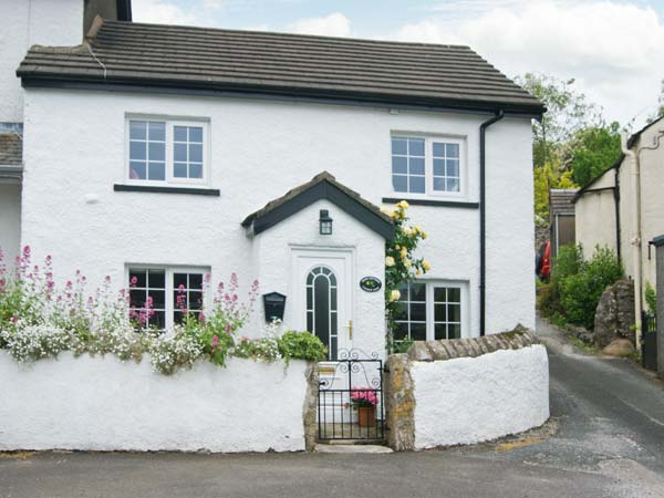 2 bedroom Cottage for rent in Great urswick