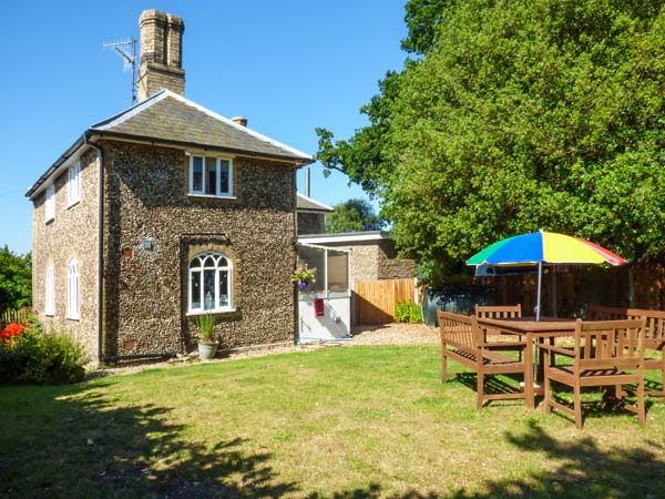 holiday let Thorington 28 Stone Cottage