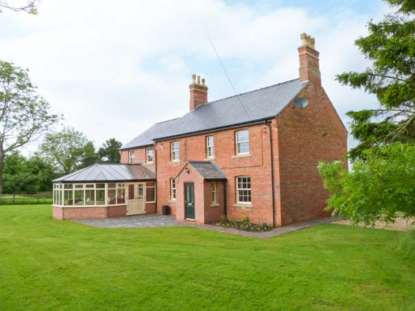 4 bedroom Cottage for rent in Wragby
