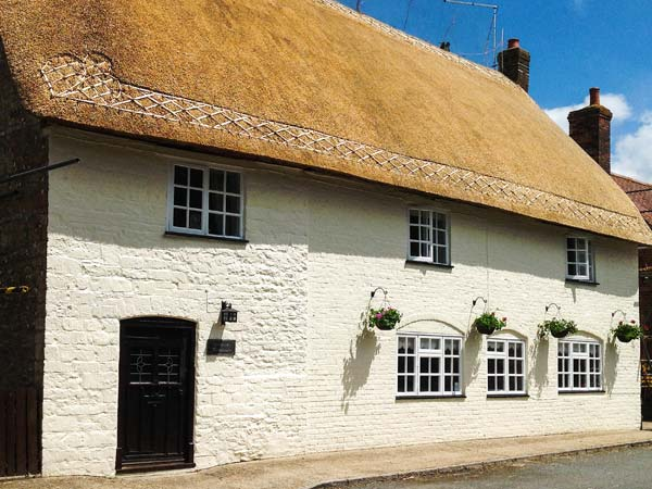 holiday let Okeford Fitzpaine Netherway Farm House