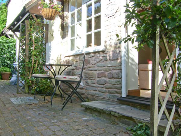1 bedroom Cottage for rent in Ludlow
